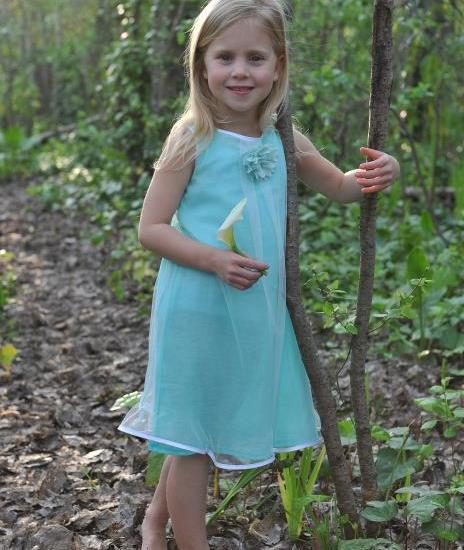 Girls occasion dress mint